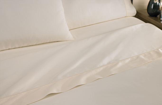 Ivory Hemstitch Sheet Set