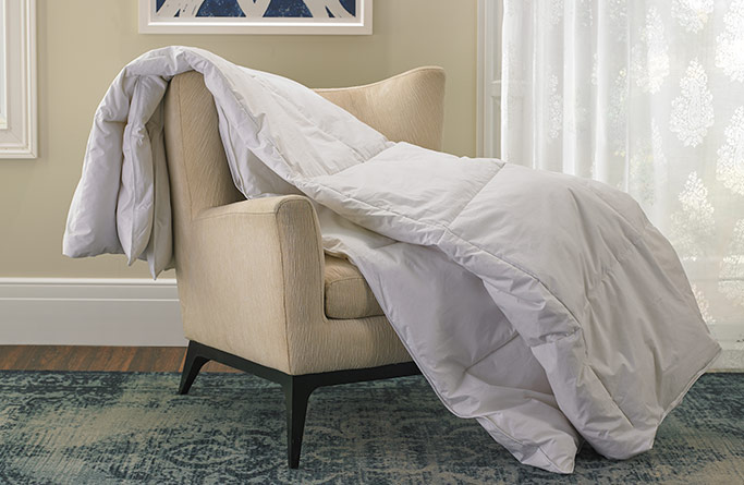 Medium Weight Down Comforter